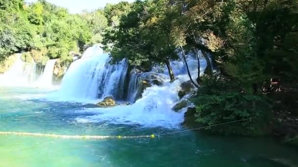 vodopád v národním parku krka je jednou z Chorvatské přírody řeky