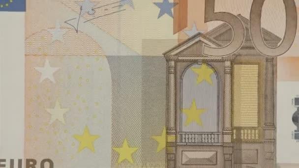 Nový 50 Euro účet na stůl