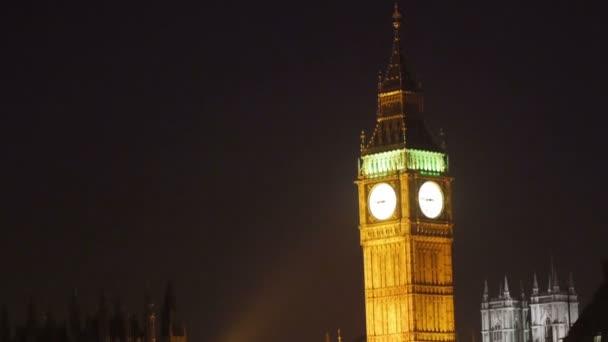 Krásná svítící Big Ben