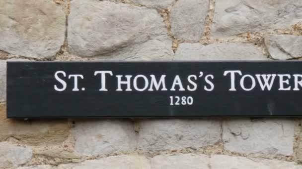 St. Thomas věž postavená v Londýně