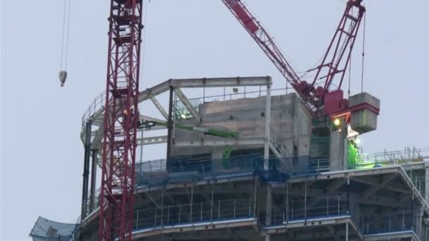 nově postavená budova v Londýně