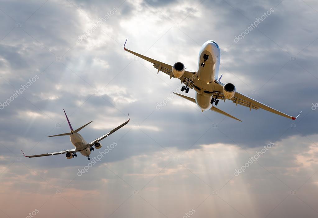 Danger between two aircraft during flight