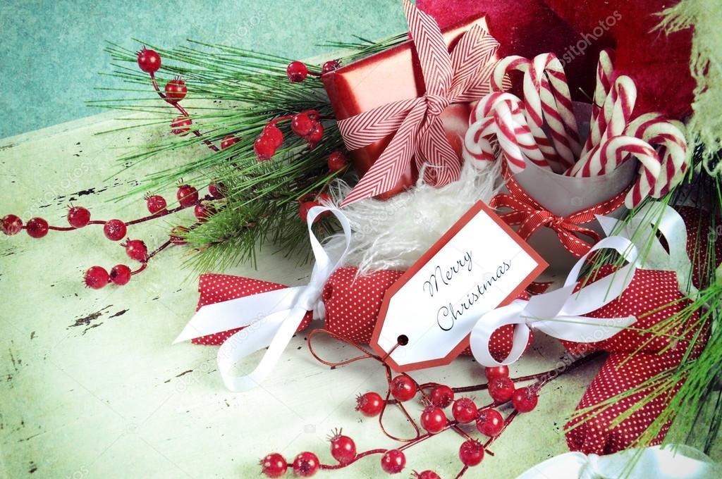 Shabby Chic Natale : Ceste di natale in shabby chic vassoio bianco u foto stock