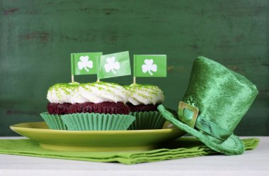Happy St Patricks Day cupcakes