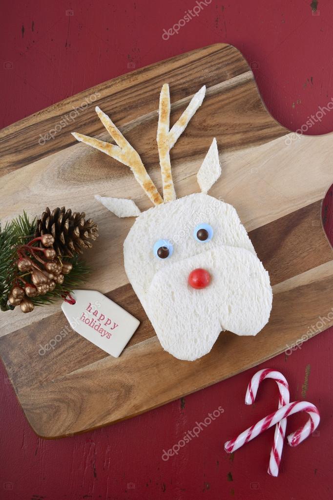 Weihnachten-Rentier-Gesicht-Sandwich — Stockfoto © amarosy #92412332