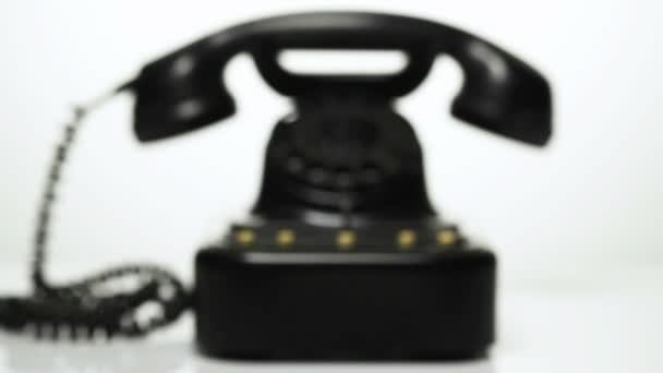 staré vintage telefon