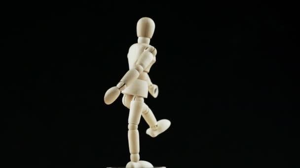 Spinning wooden mannequin