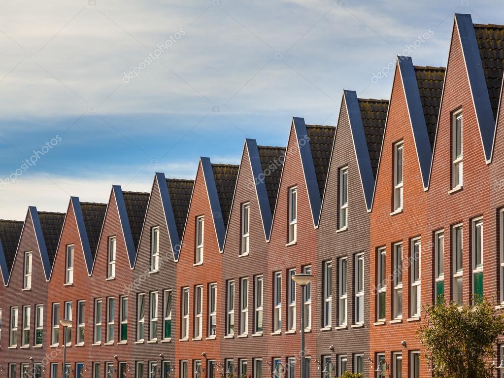 Facciate di case moderne di famiglia foto stock for Facciate di case moderne