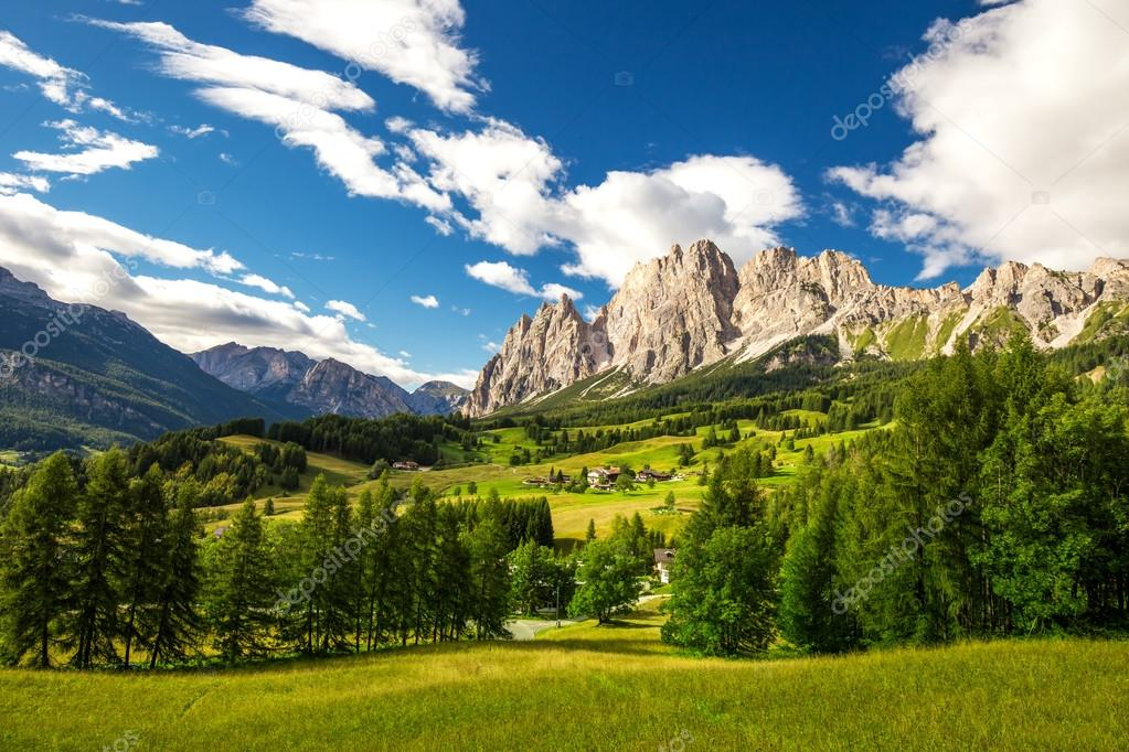 Magnificent valley with Cristallo mountain