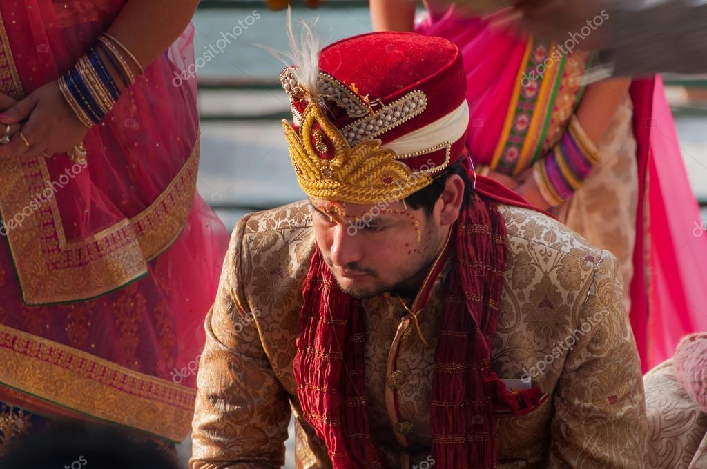 Pan Młody W Tradycyjne Indyjskie Wesele Zdjęcie Stockowe Editorial