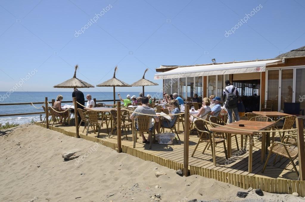 Bar En La Playa Foto Editorial De Stock Monysasi 106078458