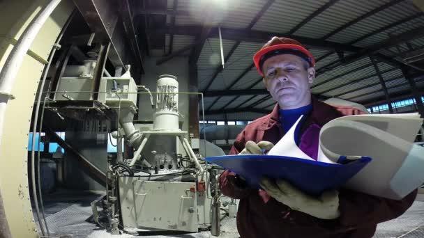 Průmyslový závod inženýr