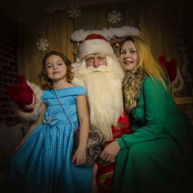 Santa Claus congratulates people