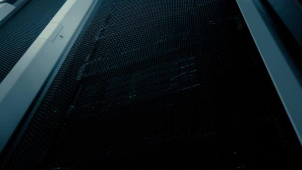 Der Server läuft mit grüner Unterseite