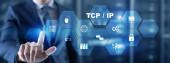 TCP-IP. Netzwerk-Datenübertragungsmodell auf abstraktem Hintergrund