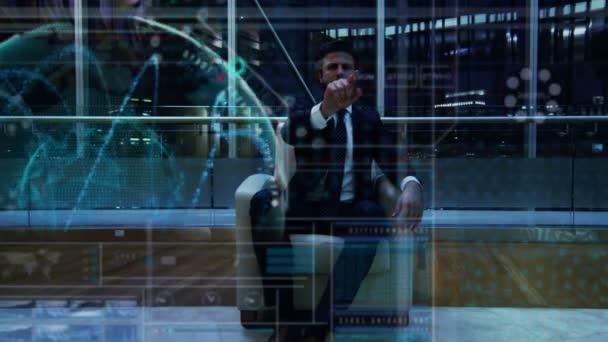 muž pomocí dotykové obrazovky