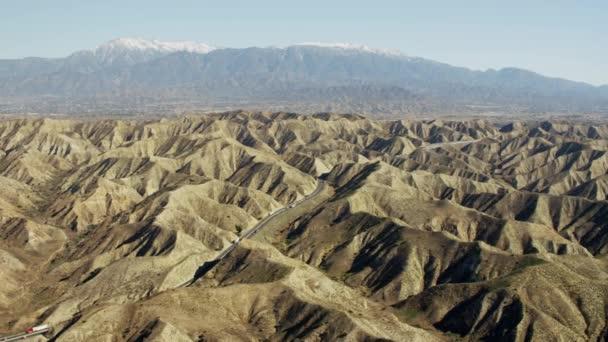 Los Angeles kopce a dálnice