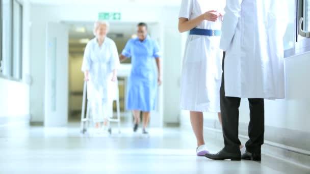 ženské nemocnici pacienta fyzikální terapie oporu