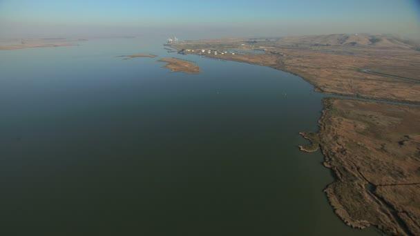 Anténa Usa San Francisco Bay říční břeh pobřeží delta