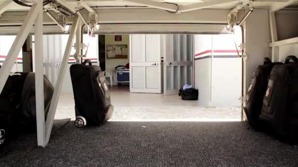 Cestování autobusem zavazadla načítání času zanikla kamera pohledu