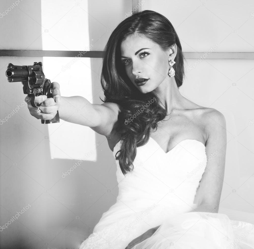 прям ощутил картинка невеста с автоматом курса соматотропина