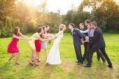Fényképek newlywed pár csók