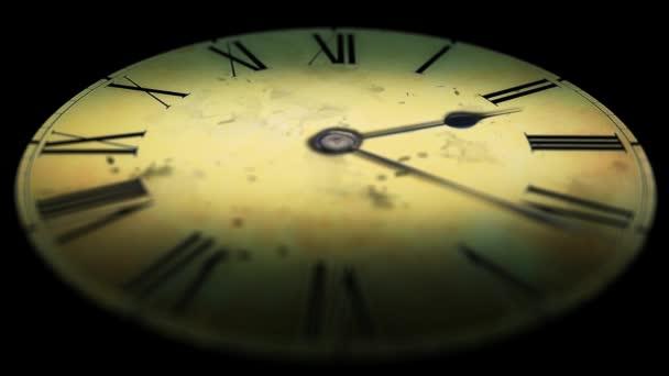 Grunge staré hodiny ve tmě. Čas zániku hodin