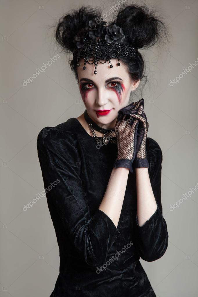 maquillage halloween fille gothique. Black Bedroom Furniture Sets. Home Design Ideas