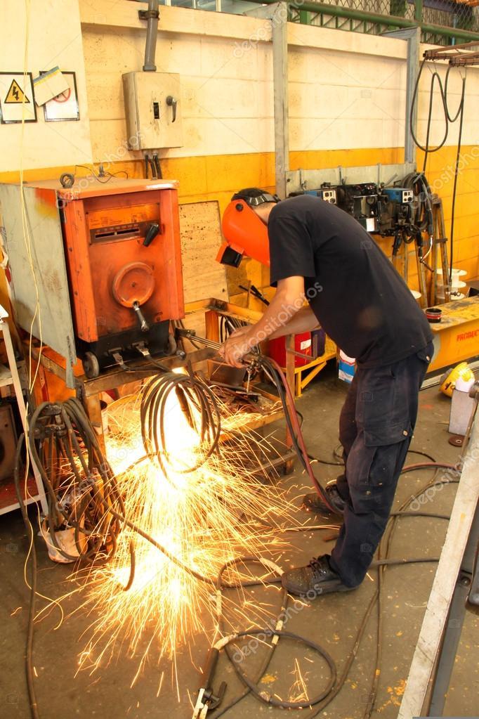 welding sparking