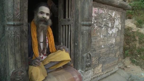 Tägliche Szenen beim Spaziergang in Katmandu