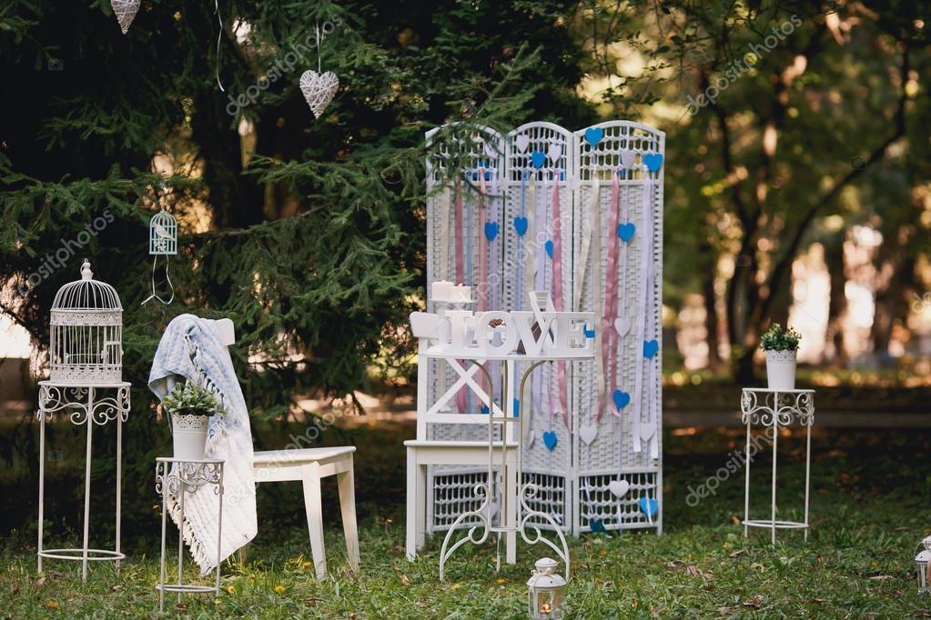 Svatebni Dekorace V Zahrade Slunecne Podzimni Den Stock