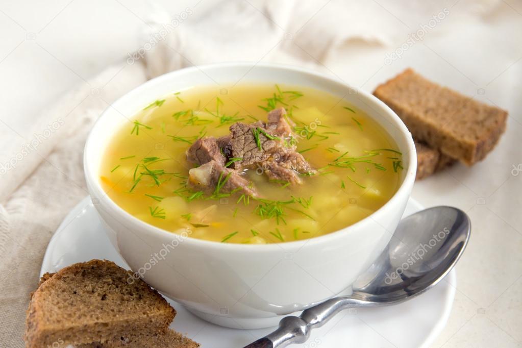 Domuz eti ile en lezzetli bezelye çorbası