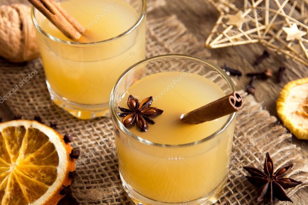 Hot Toddy trinken zu Weihnachten — Stockfoto © Mizina #92217980