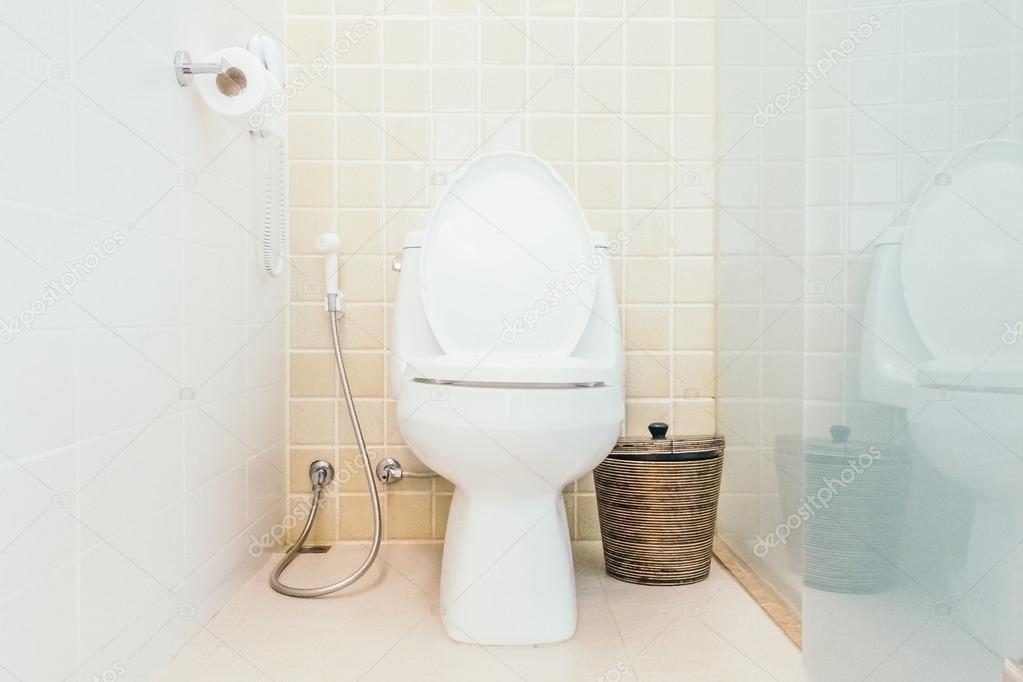WC-Dekoration in der Toilette — Stockfoto © mrsiraphol #103502284