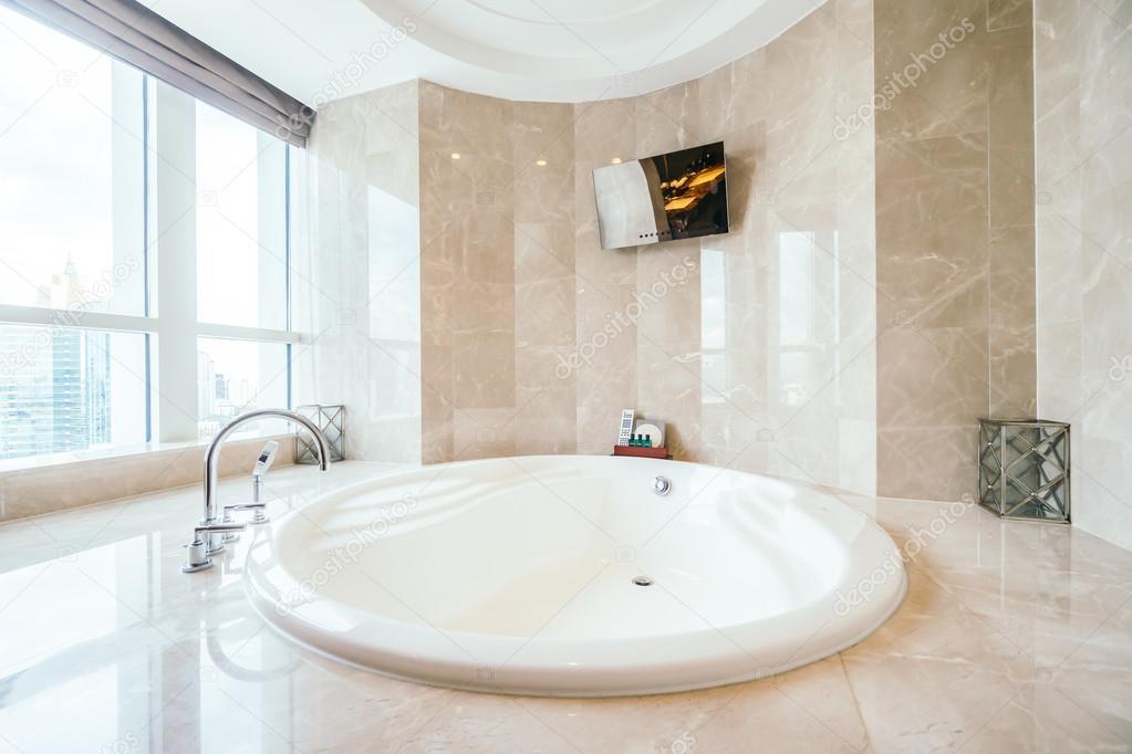 Sala Da Bagno Lusso : Interiore della stanza da bagno di lusso u foto editoriale stock