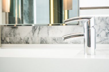 Faucet and Sink decoration