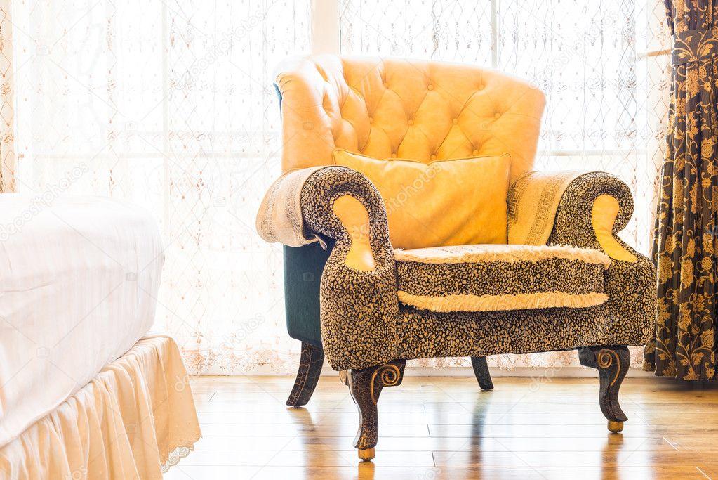 Klassische Sessel klassische sessel deocration stockfoto mrsiraphol 86193940