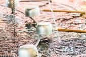 šintoistická svatyně čištění pánví