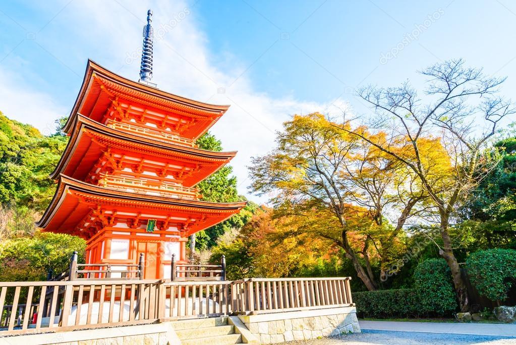 Resultado de imagem para kiyomizu-dera temple no outono