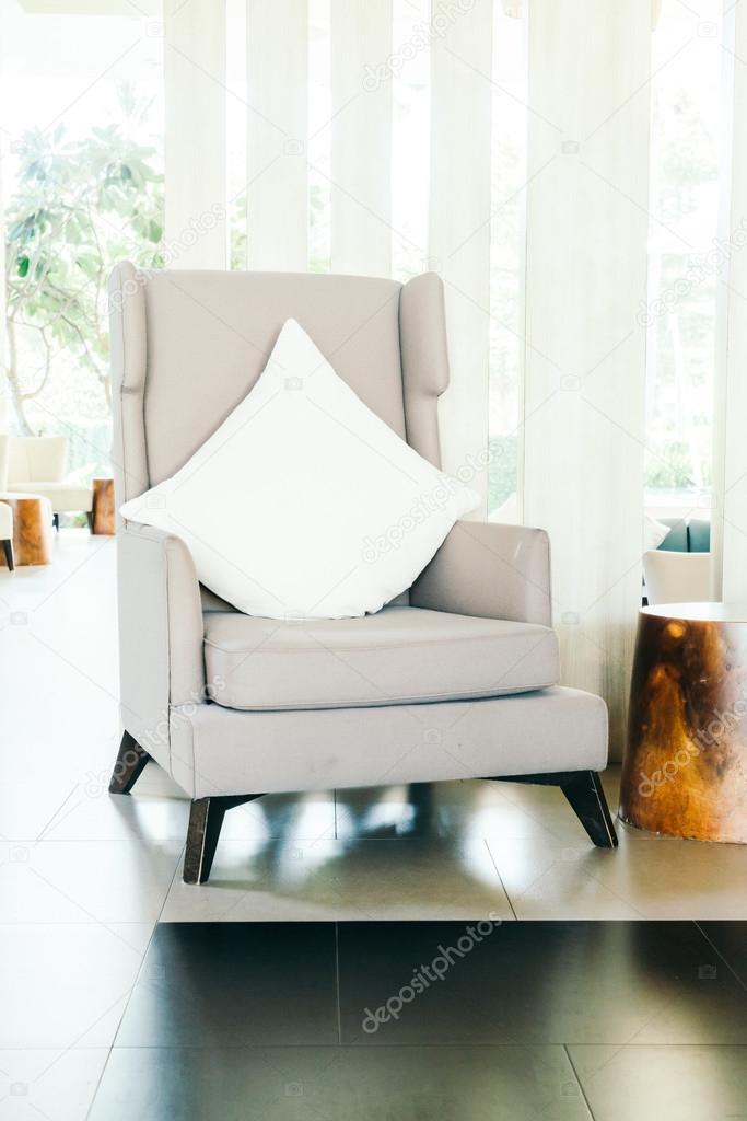 Woonkamer stoel perfect een fauteuil in de woonkamer kan for Stoel woonkamer