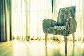divano in salotto interno