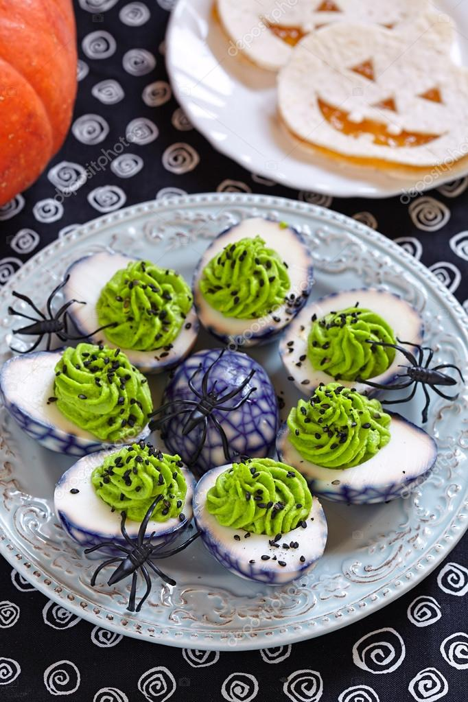 Oeufs Farcis Pour Halloween Photographie Odelinde 86487446