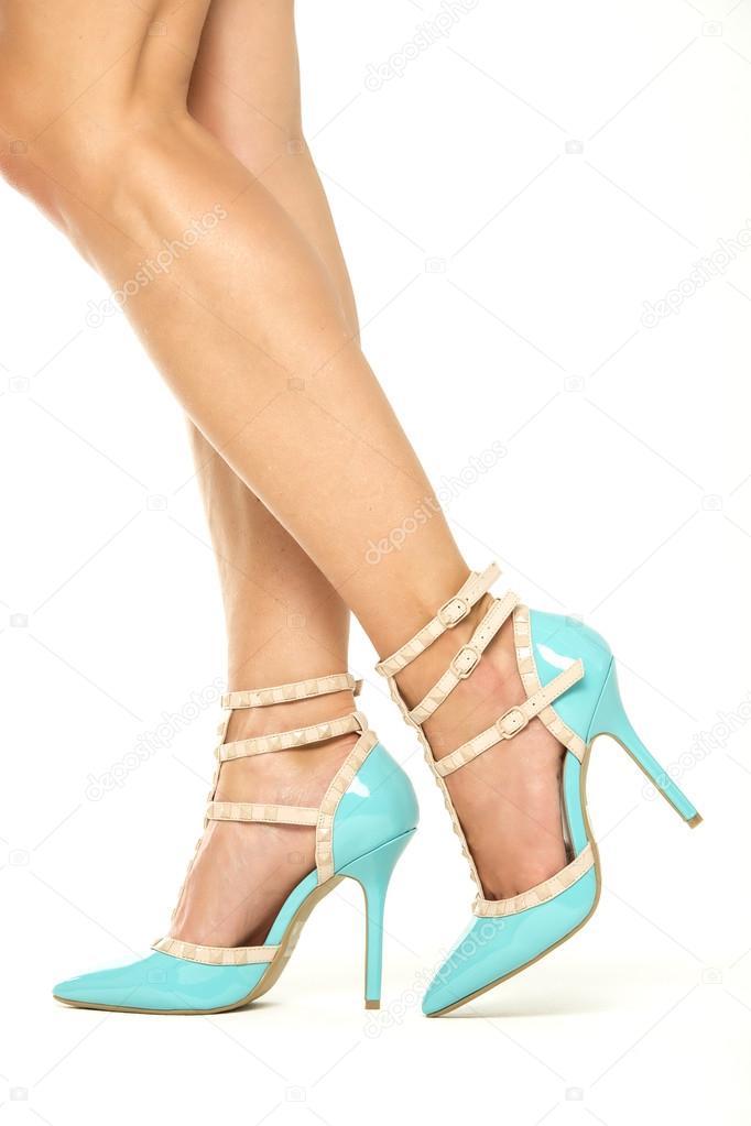 4b5e5e59bef Γυναικεία πόδια σε υψηλά τακούνια παπούτσια, Xxxl εικόνας– εικόνα αρχείου