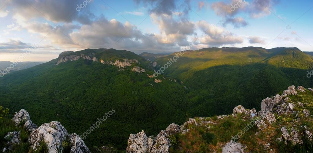The great canyon of the Crimea