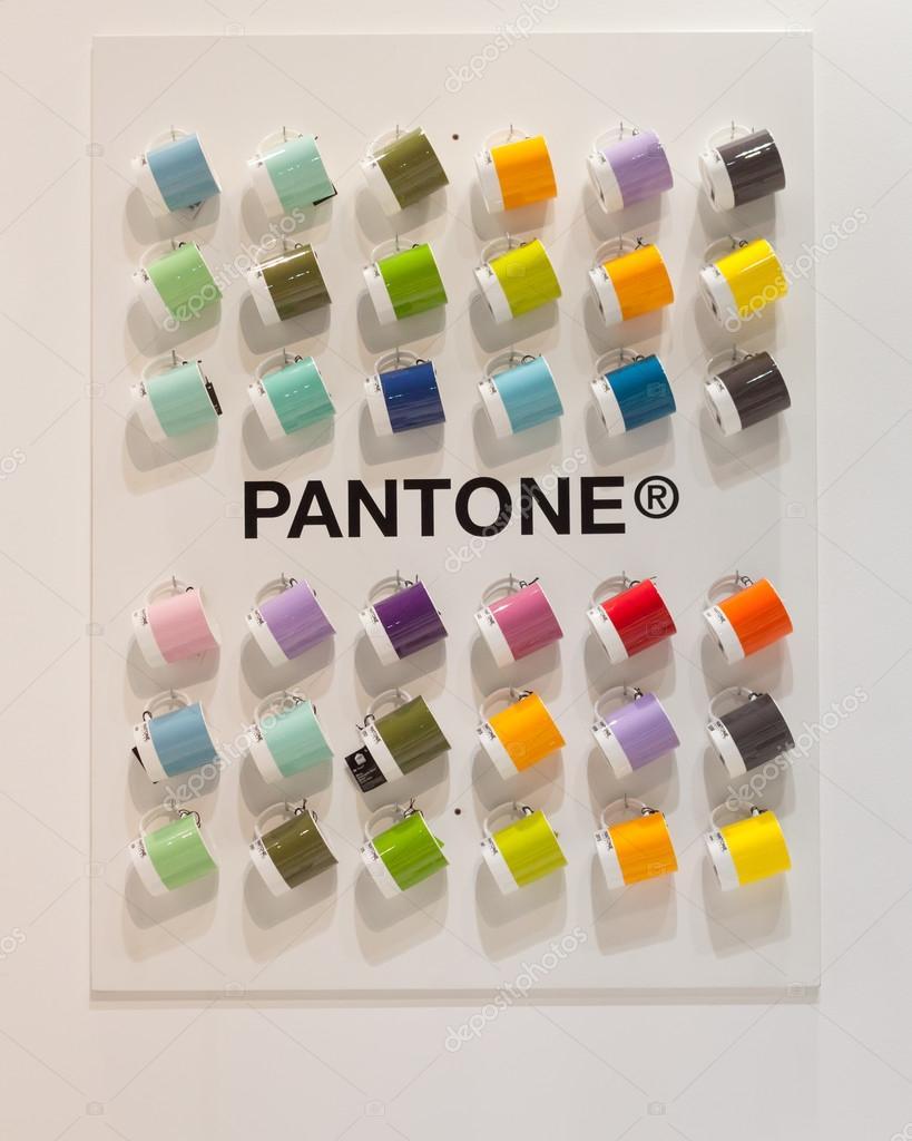 Pantone Tassen pantone becher auf dem display auf homi home internationalen messe