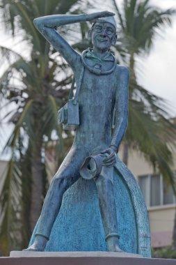 Jacques Cousetau copper statue in mallejon la Paz Baja California Sur