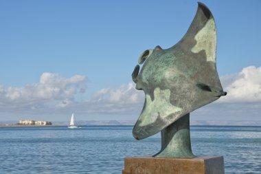 Manta copper statue in mallejon la Paz Baja California Sur