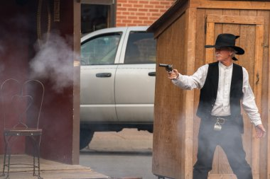 CODY - USA - AUGUST 21, 2012 - Buffalo Bill gunfight at Irma Hotel
