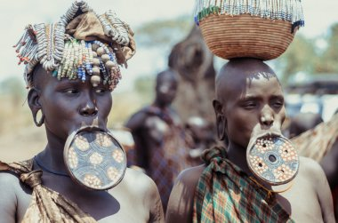 Mursi women with lip plates