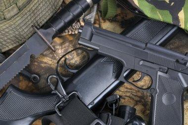 Guns - Weapons - Hunting
